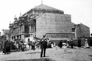 El teatro Palacio Valdés fue posible gracias al empuje de gente como Claudio Luanco,