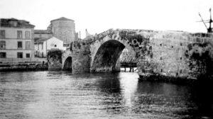 Antiguo puente de Los Pilares o San Sebastián.
