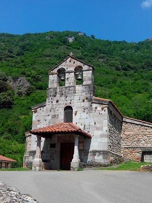 iglesia de san pedro, pola de somiedo