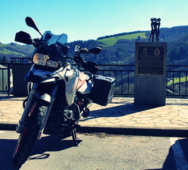 Ruta motera de los Pueblos Ejemplares del noroccidente asturiano(Santa Eulalia de Oscos/Santalla)